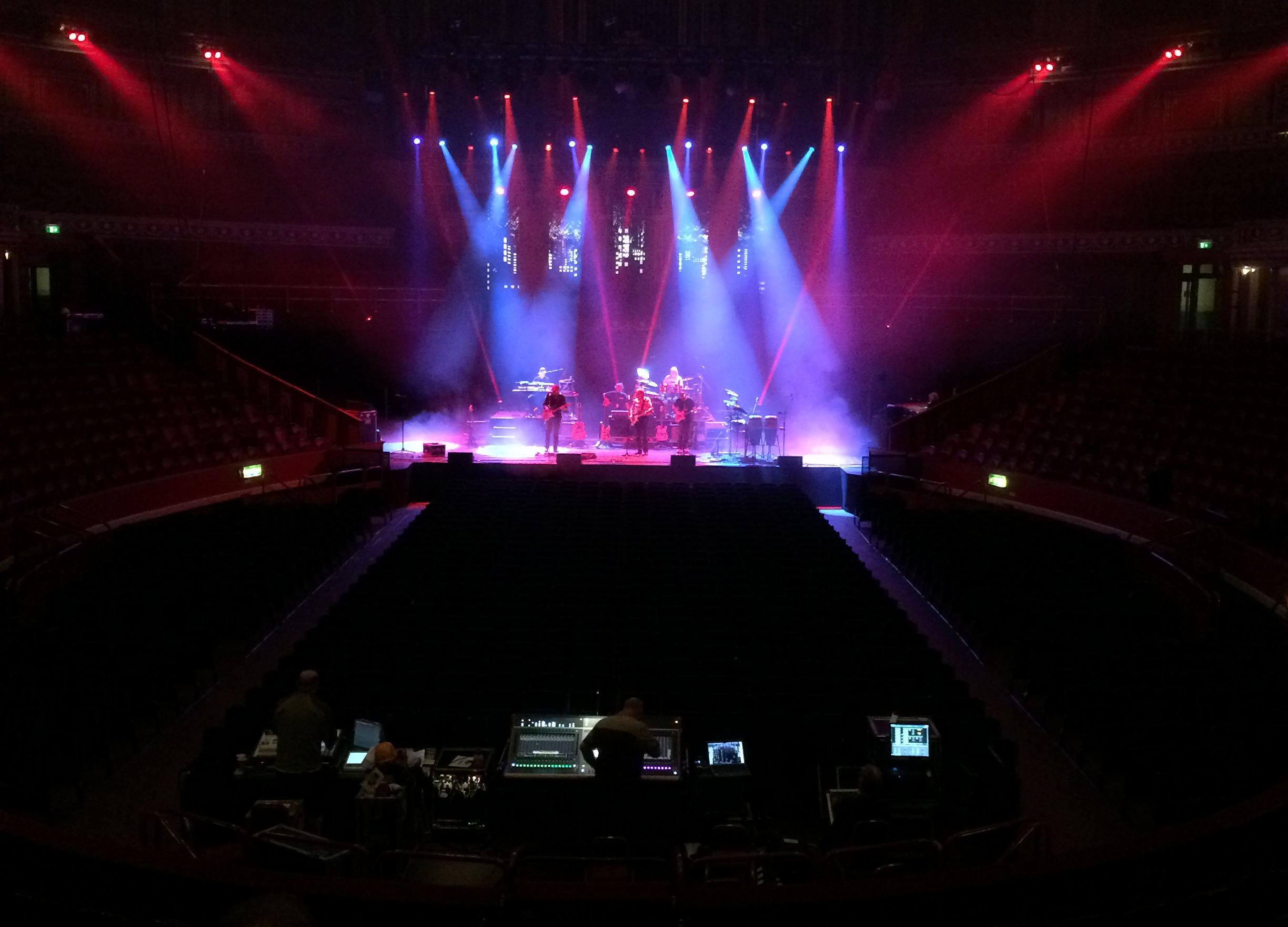 Cadac CDC eight - 10cc - Albert Hall -1